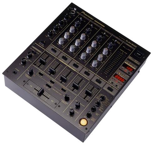 Pioneer DJM 600